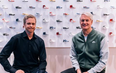 Nike taps cloud computing exec to replace CEO Mark Parker