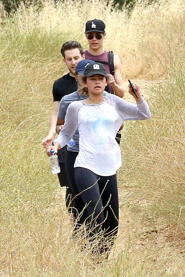 <p>On Memorial Day, the <i>Spider Man: Homecoming</i> actress quite literally took a hike. Several friends joined her on the trails in L.A. (Photo: BACKGRID) </p>