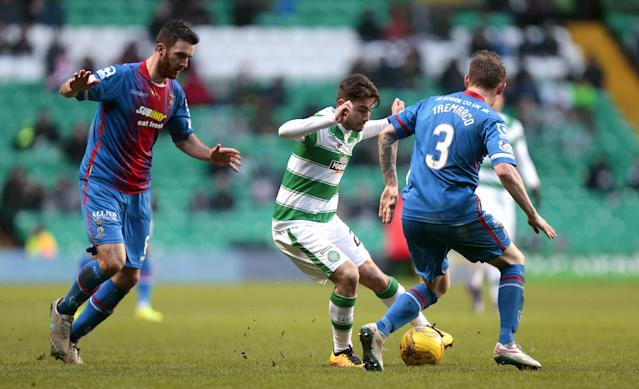 "Football Soccer - Celtic v Inverness Caledonian Thistle - Ladbrokes Scottish Premiership - Celtic Park - 20/2/16 Celtic's Patrick Roberts (2L) in action with Inverness Caledonian Thistle's Ross Draper (L) and Carl Tremarco (R) Action Images via Reuters / Graham Stuart Livepic EDITORIAL USE ONLY. No use with unauthorized audio, video, data, fixture lists, club/league logos or ""live"" services. Online in-match use limited to 45 images, no video emulation. No use in betting, games or single club/league/player publications. Please contact your account representative for further details."