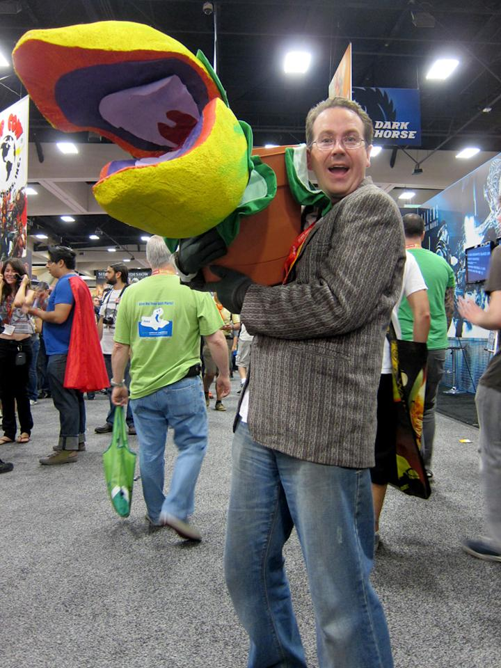 Feed me! Seymour and Audrey II from 'Little Shop of Horrors' - San Diego Comic-Con 2012