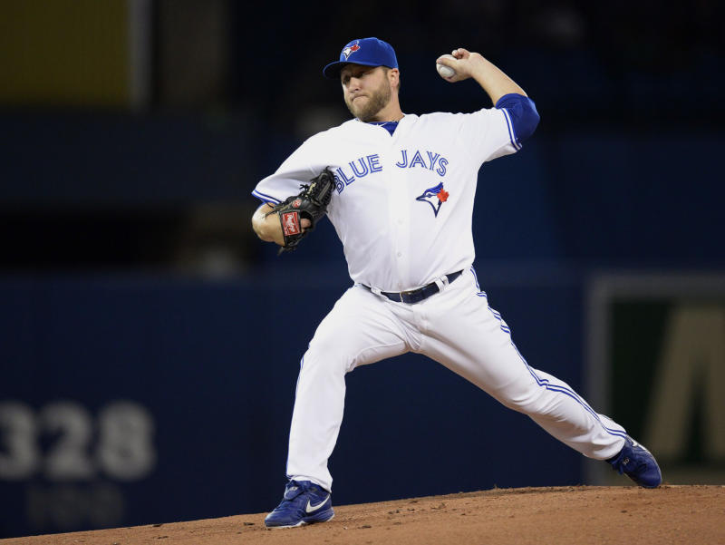 Buehrle gets seventh win, Blue Jays top Angels 7-3