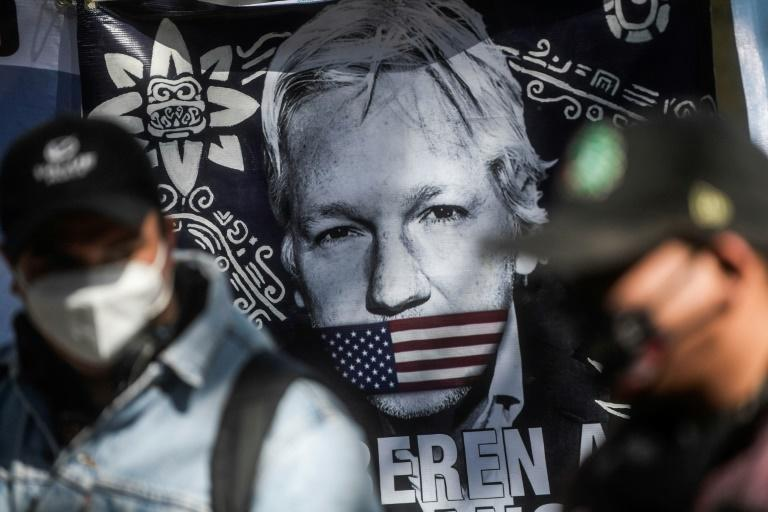 Mexico said it was ready to offer political asylum to Assange