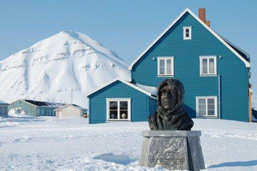 A statue in Norway honours the country's famous polar explorer Roald Amundsen, the first person to reach the South Pole