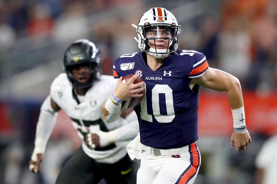 Auburn QB Bo Nix led the Tigers to a surprising comeback win over the Oregon Ducks on Saturday. (Getty)