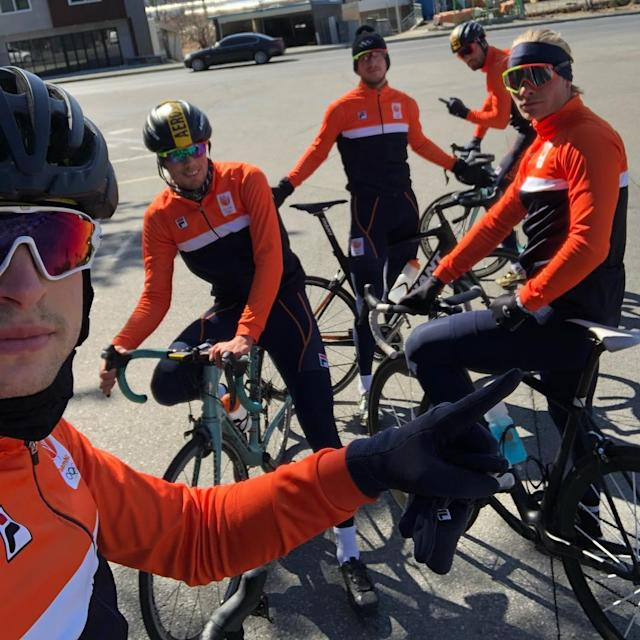 <p>svenkramer: Ready for the Team pursuit!<br> (Photo via Instagram/svenkramer) </p>