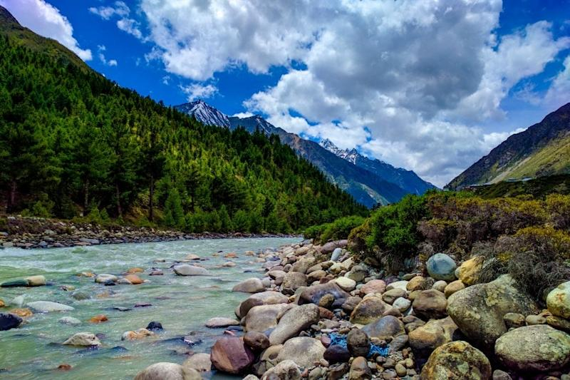 Tourists Allowed to Visit Himachal Pradesh With Prior Hotel Booking of at Least 5 Days