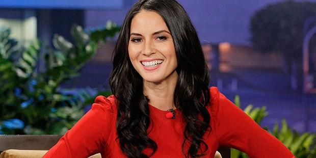 Get Olivia Munn's Tonight Show Look for Less