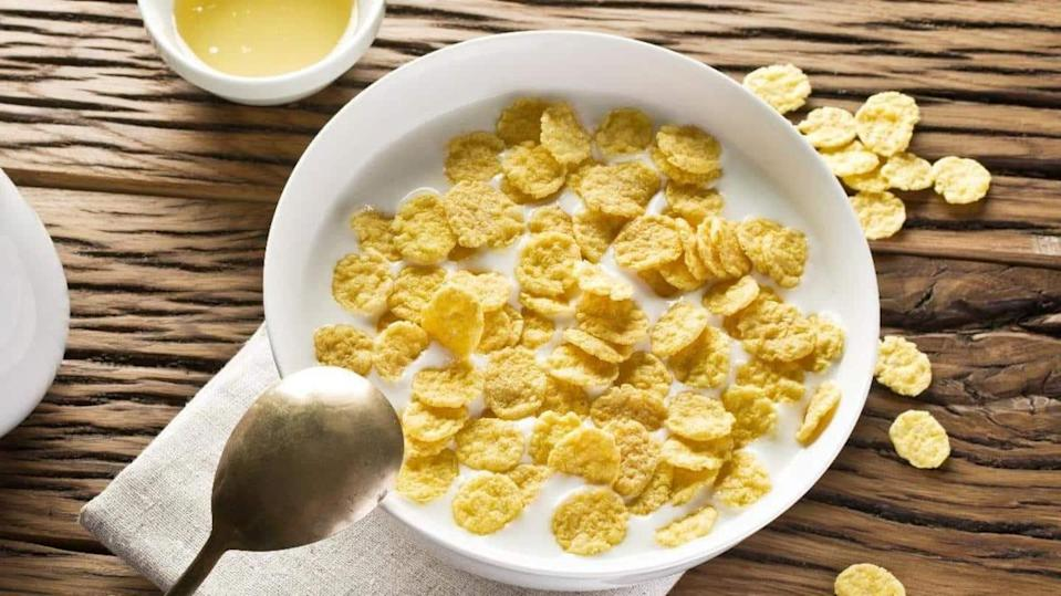 These yummy recipes with cornflakes are easy to cook