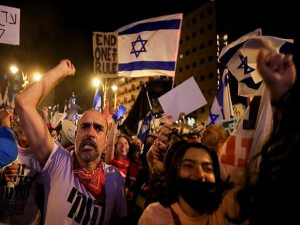 Thousands of people took to the streets in Israeli to protest against Prime Minister Benjamin Netanyahu, just days ahead of the country's fourth general election.