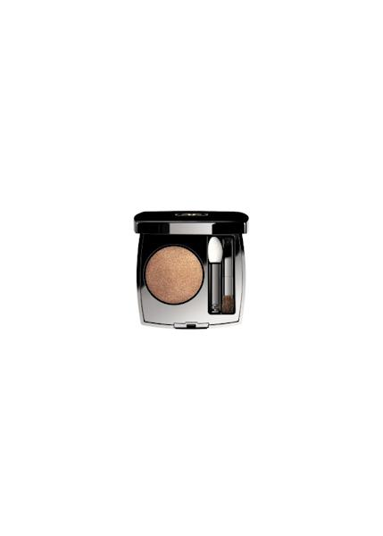 """""""L'Ombre Première"""" eyeshadow in Beat from the Chanel """"Neon Wave"""" collection"""