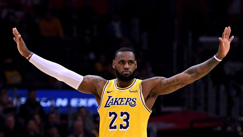 size 40 2889f de39e LeBron to miss Lakers' clash with Warriors