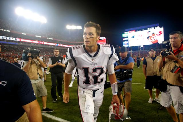 Should Patriots Be Worried? Tom Brady Took Another Beating Against Buccaneers