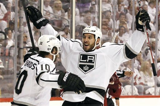 Kings beat Coyotes 4-2 for another road win