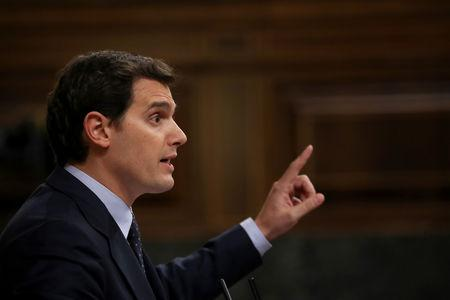 FILE PHOTO: Ciudadanos leader Albert Rivera gestures while giving a speech during a motion of no confidence debate at Parliament in Madrid, Spain, May 31, 2018. REUTERS/Susana Vera/File Photo