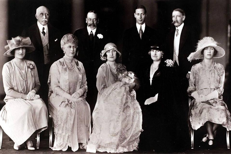 Royal Christening, Princess Elizabeth Alexandra Mary, King George V of Great Britain, Duke of York, Earl of Strathmore, Queen Mary