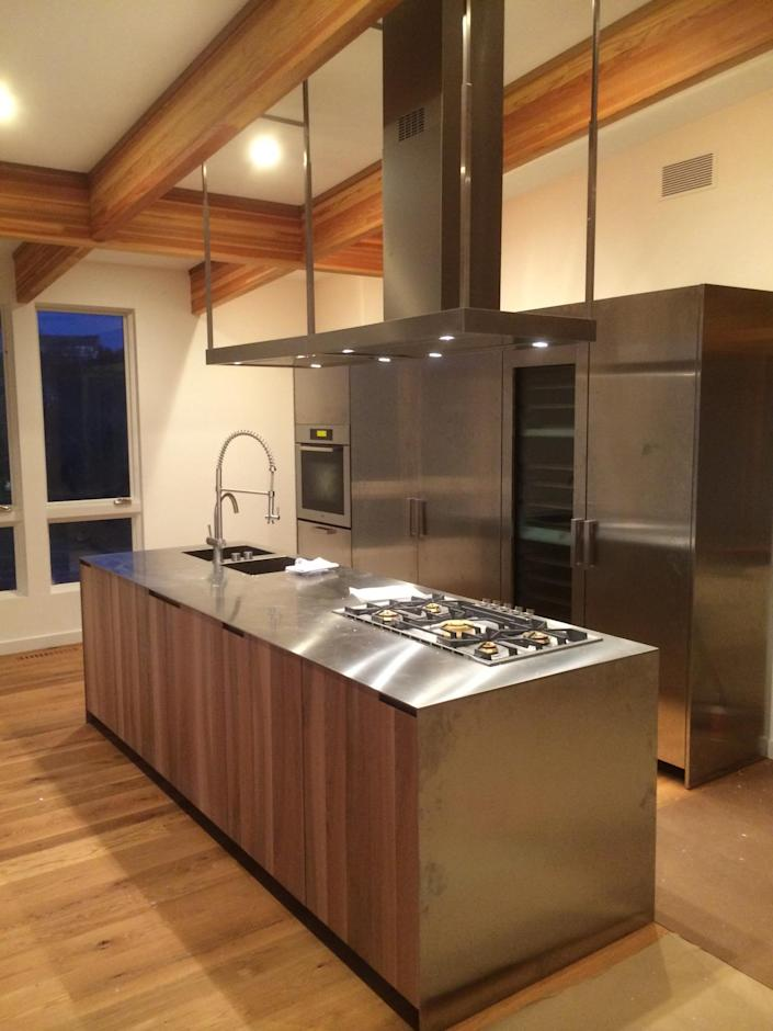 <p>Another of Laura's design modifications: putting the kitchen on the second floor. <br></p>