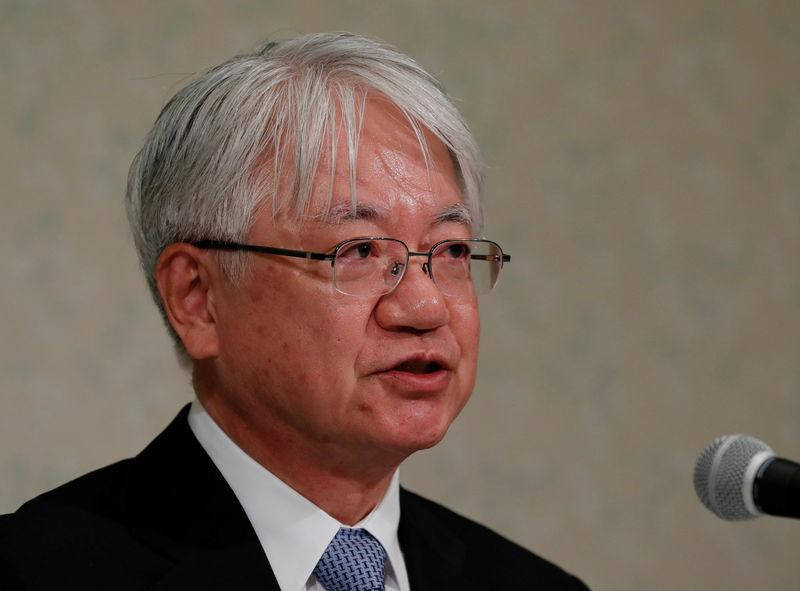 Kobe Steel President and CEO Hiroya Kawasaki attends a news conference in Tokyo