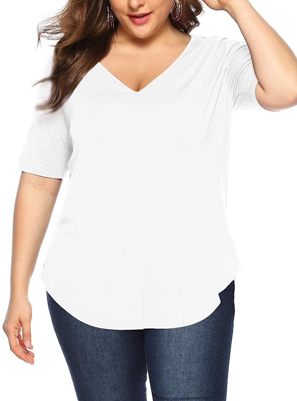 <p>The curved hem of this <span>Amoretu Curve Tunic Top</span> ($17) will look incredible on you.</p>