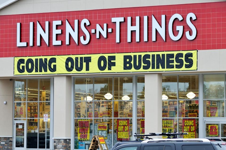 Exterior of Linens n Things retail store going out of business bankruptcy sale.