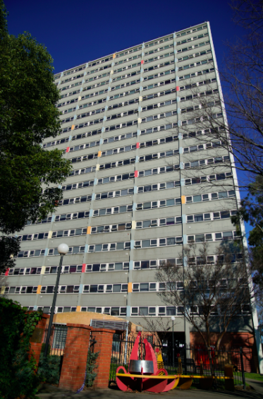 More than 3,000 public housing residents in nine Melbourne tower blocks entered a fourth full day of lockdown on Tuesday. (Reuters)