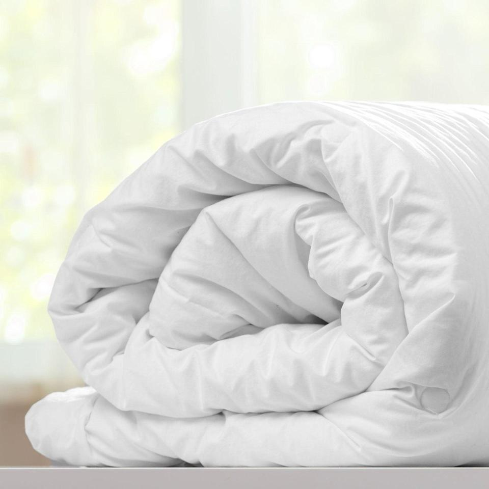 "On top of planting a eucalyptus tree for every purchase, Sweave is also making masks and donating 20% of sales to COVID-19 relief right now. <br> <br> <strong>Sweave Bedding</strong> Duvet Cover, $, available at <a href=""https://go.skimresources.com/?id=30283X879131&url=https%3A%2F%2Fwww.sweavebedding.com%2Fcollections%2Fbedding%2Fproducts%2Fduvet-cover"" rel=""nofollow noopener"" target=""_blank"" data-ylk=""slk:Sweave Bedding"" class=""link rapid-noclick-resp"">Sweave Bedding</a>"