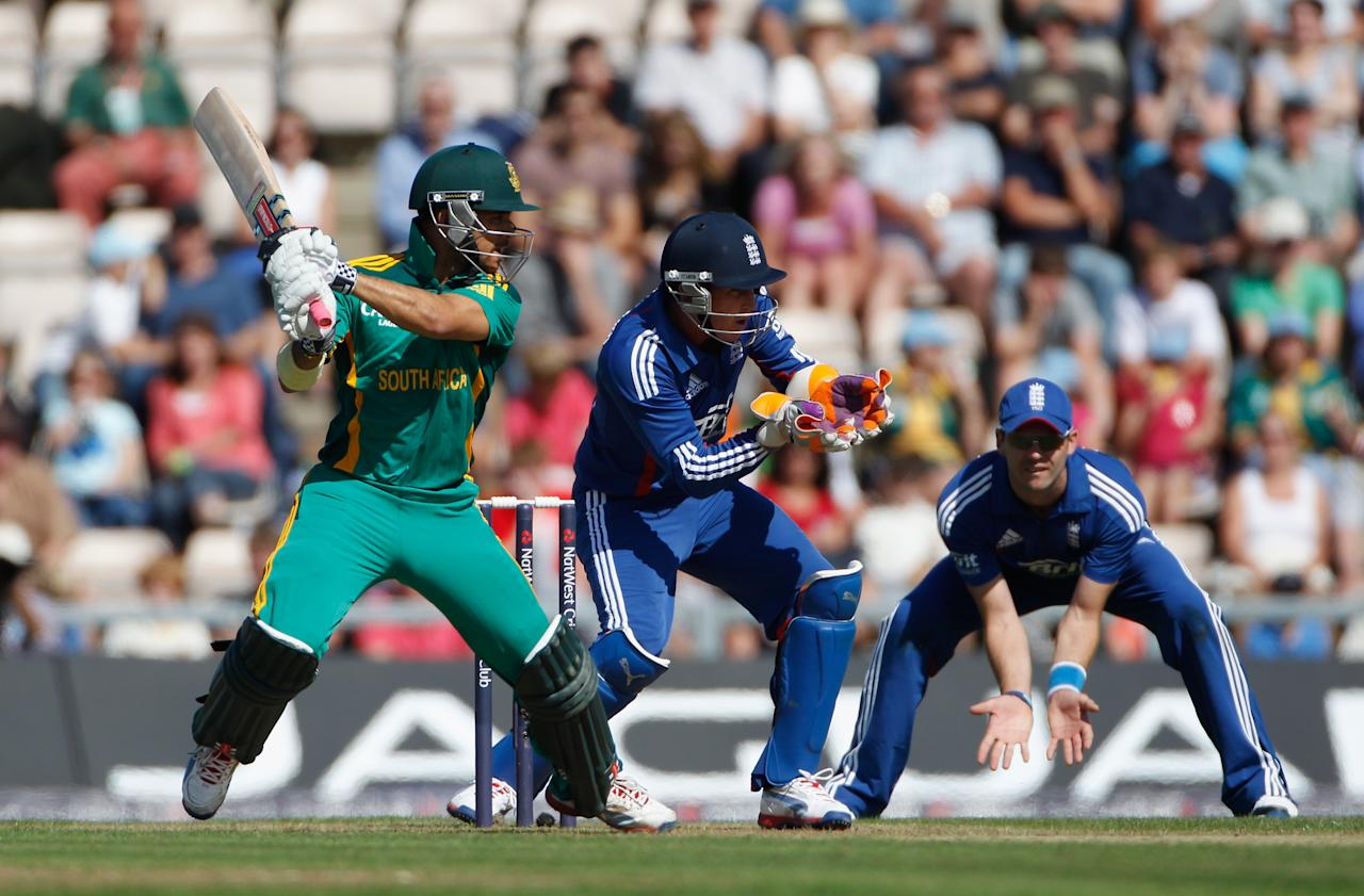 SOUTHAMPTON, ENGLAND - AUGUST 28:  JP Duminy of South Africa hits out during the 2nd NatWest Series ODI between England and South Africa at Ageas Bowl on August 28, 2012 in Southampton, England.  (Photo by Tom Shaw/Getty Images)