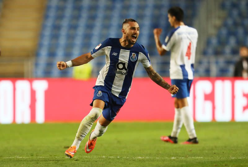 Man United sign Brazilian left back Telles from Porto