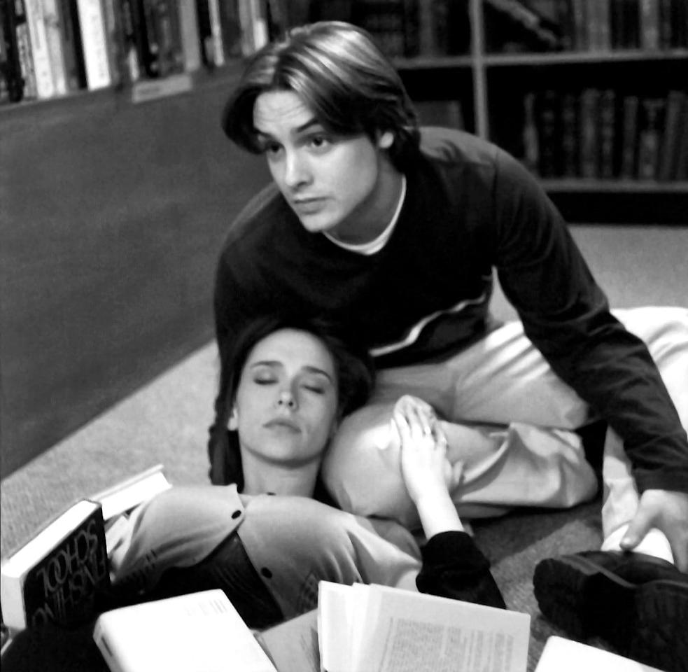 <p>Jennifer's death is the most ridiculous out of the entire episode but still chilling nonetheless. After the murderer pushes a few books off a library shelf on top of her, she uses her dying breath to try to tell Eric who the culprit is.</p>