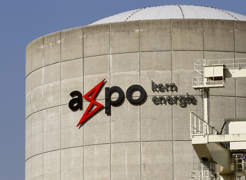 Axpo UK signs energy supply and trading deal with power supplier So Energy