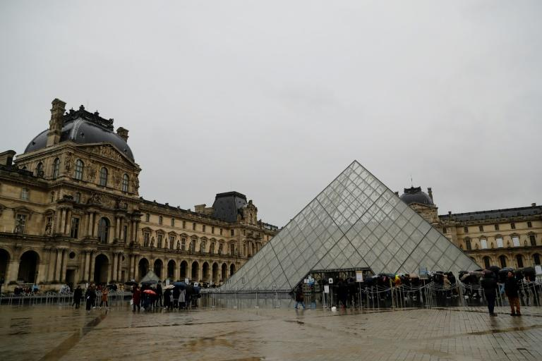 The Louvre museum in Paris, the world's most visited, was closed over virus fears (AFP Photo/Thomas SAMSON)