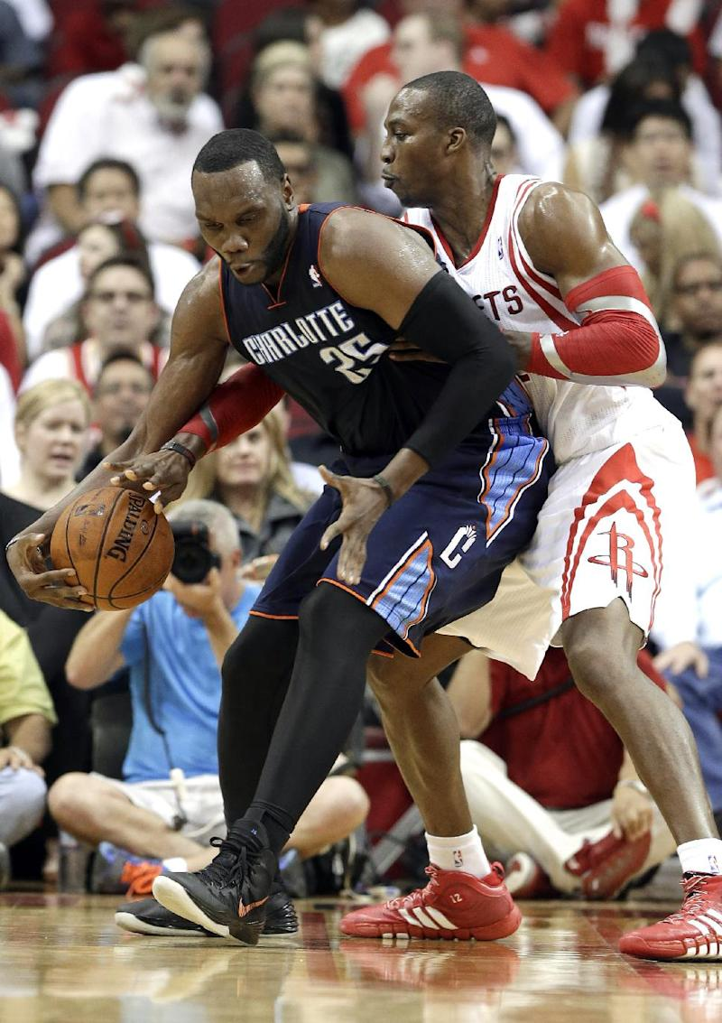 Bobcats C Jefferson out vs. Cavs with ankle injury