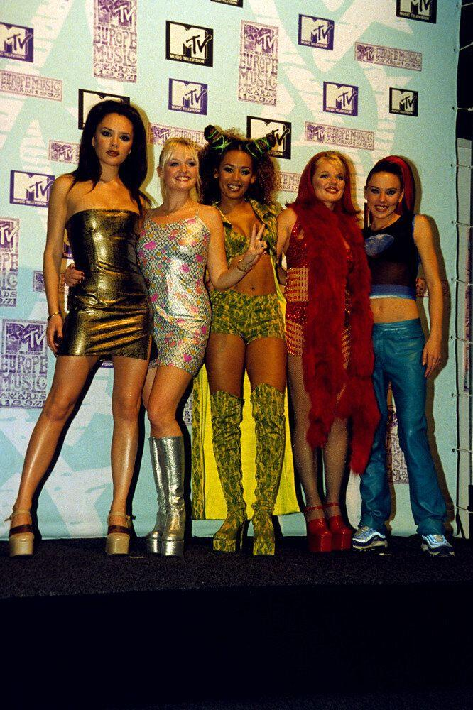 <strong>1997</strong> The Spice Girls at the European MTV Music Awards