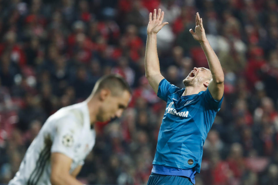 Zenit's Artem Dzyuba gestures during the Champions League group G soccer match between Benfica and Zenit St. Petersburg at the Luz stadium in Lisbon, Tuesday, Dec. 10, 2019. Benfica won 3-0. (AP Photo/Armando Franca)