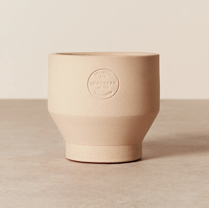 """Scandinavian maker Skagerak creates these sustainably made indoor planters with an eye to carbon reduction and use of recycled materials. $45, Goodee. <a href=""""https://www.goodeeworld.com/collections/all/products/edge-indoor-pot-013-sierra"""" rel=""""nofollow noopener"""" target=""""_blank"""" data-ylk=""""slk:Get it now!"""" class=""""link rapid-noclick-resp"""">Get it now!</a>"""