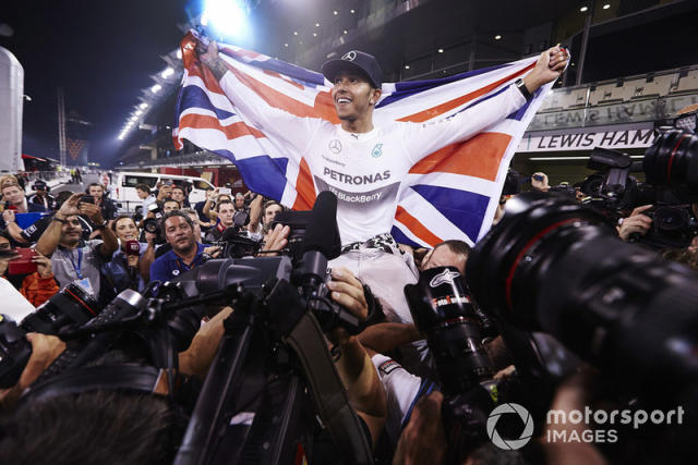 "Lewis Hamilton con Mercedes AMG <span class=""copyright"">Steve Etherington / Motorsport Images</span>"