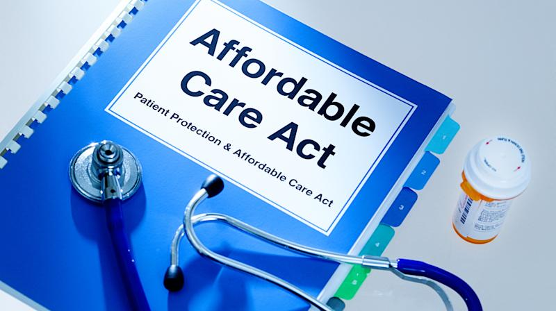 Here's What You Need To Know About Obamacare Enrollment This Year