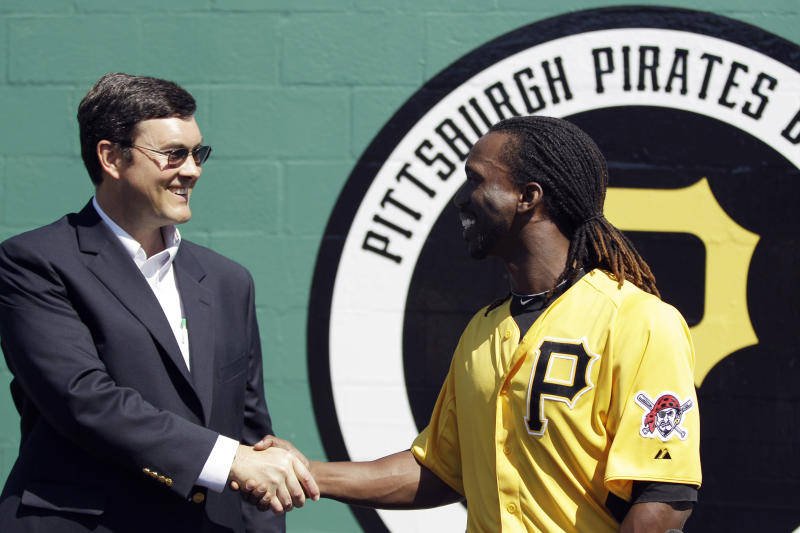 Mutiny: Pirates fans want owner Nutting to sell team