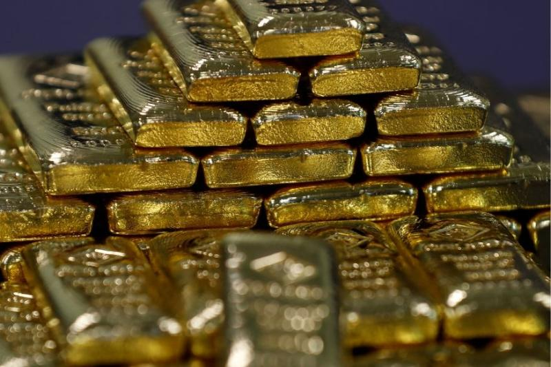 Gold Set for Third Straight Weekly Gain amid Worries of Rising Coronavirus Infections