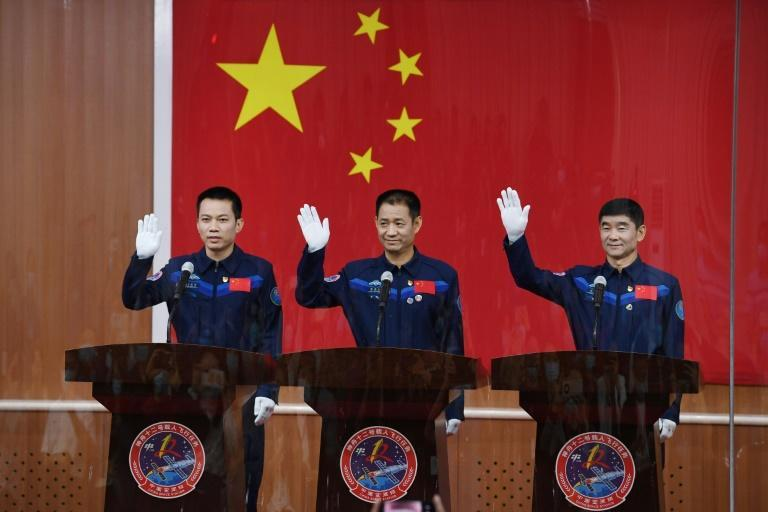 Nie Haisheng (C), Liu Boming (R) and Tang Hongbo will be the first crew on China's new space station