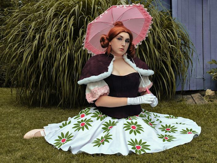 Disney fan Sami dresses as a Haunted Mansion character.