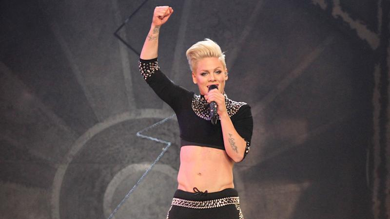 Pink wird Nationalhymne beim Super Bowl singen