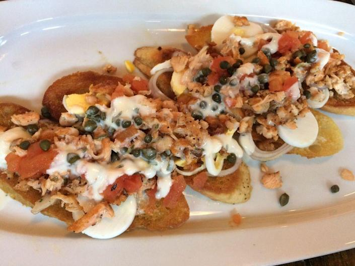 """<p><strong><a href=""""https://www.yelp.com/biz/plank-seafood-provisions-omaha"""" rel=""""nofollow noopener"""" target=""""_blank"""" data-ylk=""""slk:Plank Seafood Provisions"""" class=""""link rapid-noclick-resp"""">Plank Seafood Provisions</a>, Old Market</strong></p><p>""""This is one of my favorite seafood restaurants in the area. I know what you're thinking.. seafood in the middle of the country?? Well, it's delicious. I'm originally from Massachusetts and feel that these oysters are just as fresh."""" — Yelp user <a href=""""https://www.yelp.com/user_details?userid=XzLpeFAC9ckBZO-5vGnY-w"""" rel=""""nofollow noopener"""" target=""""_blank"""" data-ylk=""""slk:Kelly P."""" class=""""link rapid-noclick-resp"""">Kelly P.</a></p><p>Photo: Yelp/<a href=""""https://www.yelp.com/user_details?userid=6B3m9x07Avq37AFyaxX46w"""" rel=""""nofollow noopener"""" target=""""_blank"""" data-ylk=""""slk:M.R."""" class=""""link rapid-noclick-resp"""">M.R.</a></p>"""
