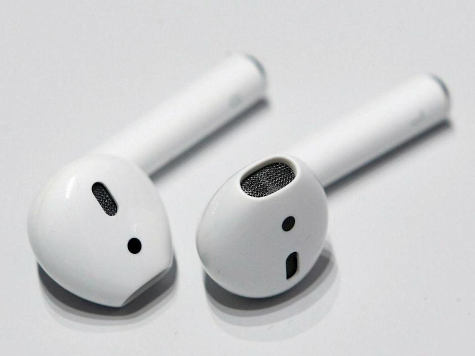Could wireless headphones pose a cancer risk? (Apple)
