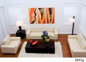 stage your home yourself to sell