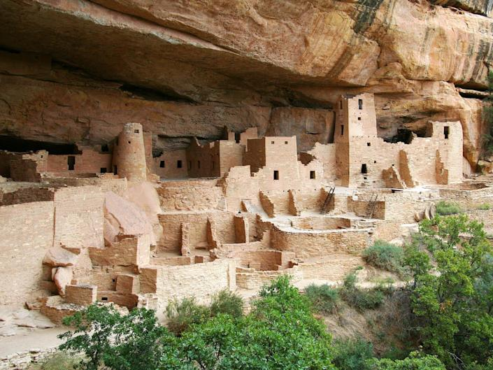 A view of the buildings at mesa verde national park.