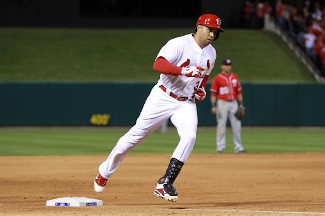 ST LOUIS, MO - OCTOBER 08: Carlos Beltran #3 of the St. Louis Cardinals rounds the bases after hitting a two-run home run in the eighth inning against the Washington Nationals during Game Two of the National League Division Series at Busch Stadium on October 8, 2012 in St Louis, Missouri. (Photo by Dilip Vishwanat/Getty Images)
