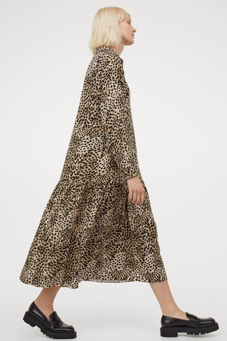 """<h2>H&M Calf-length Dress</h2><br><strong><em>The Most Likely To Sell Out</em></strong><br><br>H&M's greatest hits are known to vanish from the brand's website in a puff of smoke the moment its savvy customer base catches wind of a must-have. This sweeping long-sleeved number is just the silhouette we're looking for this spring — which means that are a lot of other shoppers are, too. Grab it before the womp-womp """"Out of Stock"""" notification is all that's left on the drop-down menu. <br><br><strong>The Hype</strong>: 4.4 out of 5 stars, 11 reviews on HM.com<br><br><strong>What They're Saying: </strong>""""Lovely dress. I feel like a witch whenever I wear this but it is a nice dress to throw on whenever I feel lazy."""" — Reviewer on HM.com<br><br><em>Shop <strong><a href=""""https://www2.hm.com/"""" rel=""""nofollow noopener"""" target=""""_blank"""" data-ylk=""""slk:H&M"""" class=""""link rapid-noclick-resp"""">H&M</a></strong></em><br><br><strong>H&M</strong> Calf-length Dress, $, available at <a href=""""https://go.skimresources.com/?id=30283X879131&url=https%3A%2F%2Fwww2.hm.com%2Fen_us%2Fproductpage.0968878005.html"""" rel=""""nofollow noopener"""" target=""""_blank"""" data-ylk=""""slk:H&M"""" class=""""link rapid-noclick-resp"""">H&M</a>"""