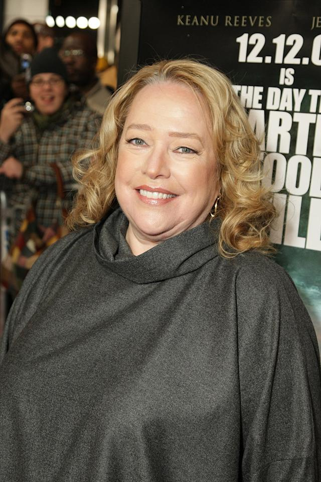 """<a href=""""http://movies.yahoo.com/movie/contributor/1800024073"""">Kathy Bates</a> at the New York premiere of <a href=""""http://movies.yahoo.com/movie/1809966785/info"""">The Day the Earth Stood Still</a> - 12/09/2008"""