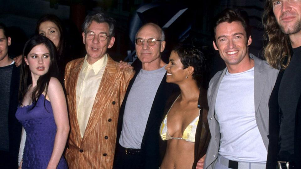 Anna Paquin, Famke Janssen, Ian McKellen, Patrick Stewart, Halle Berry, and Hugh Jackman at the <i>X-Men</i> premiere, 2000. (Photo by Ke.Mazur/WireImage)