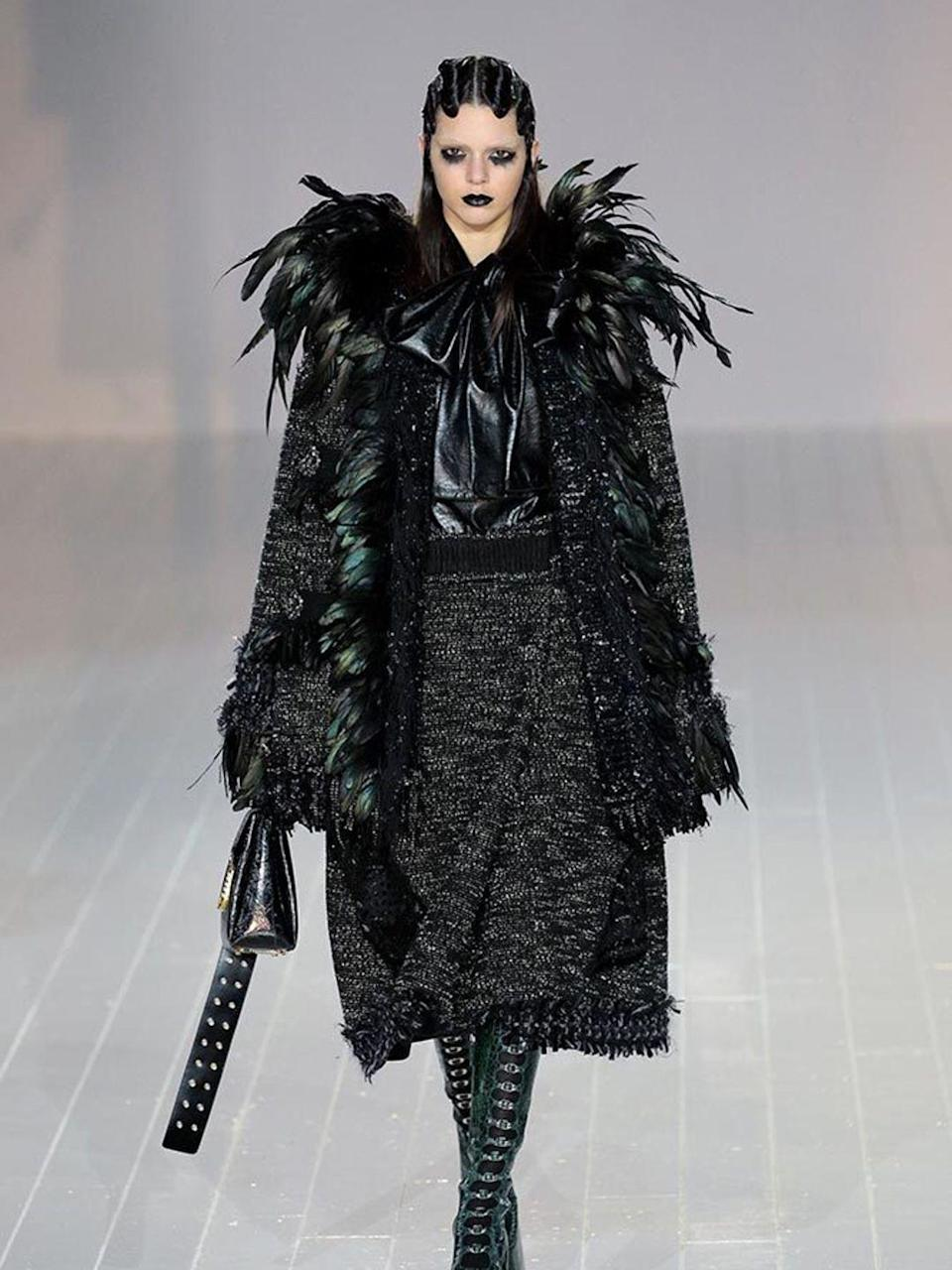 <p>Kendall Jenner walks the Marc Jacobs runway during New York Fashion Week, February 2016.</p>